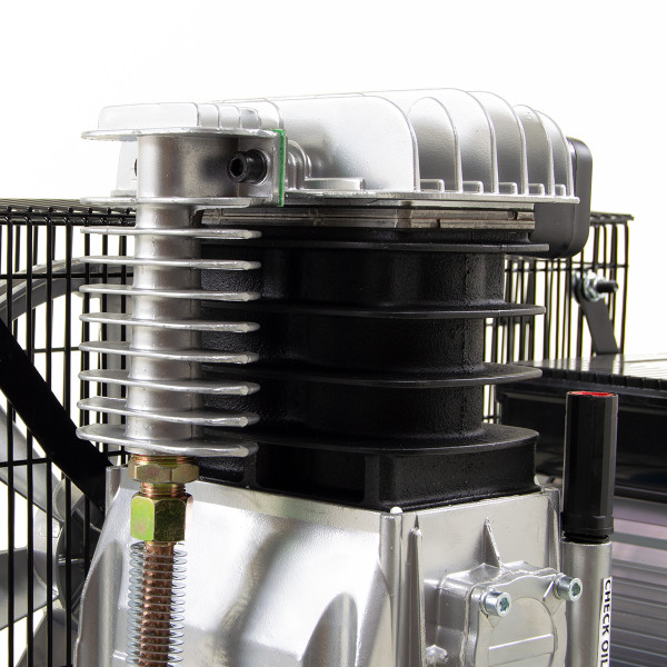 Wolf Dakota 90L Air Compressor 14 CFM 3HP