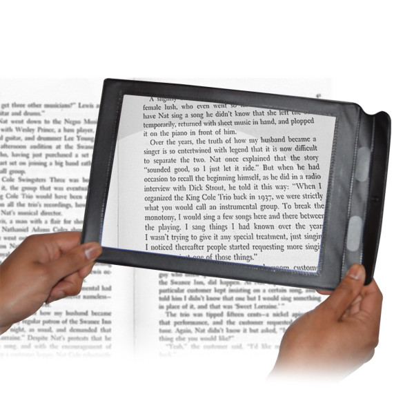 Magnifying Reading Aid
