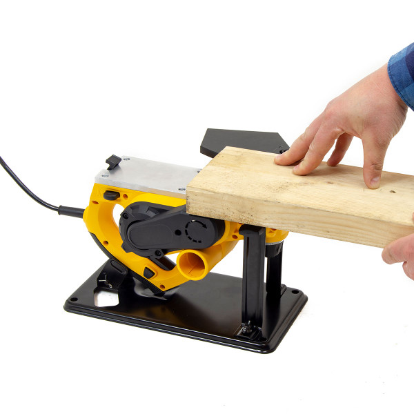 Wolf 720w 18mm Rebate Planer & Bench Conversion Stand