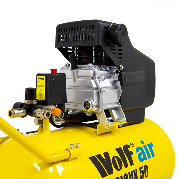 Wolf Sioux 50 Air Compressor with 5pc Spray Kit & 10m Air Hose Reel